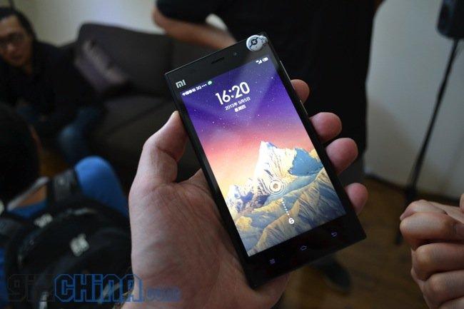 Xiaomi Mi3 em mãos