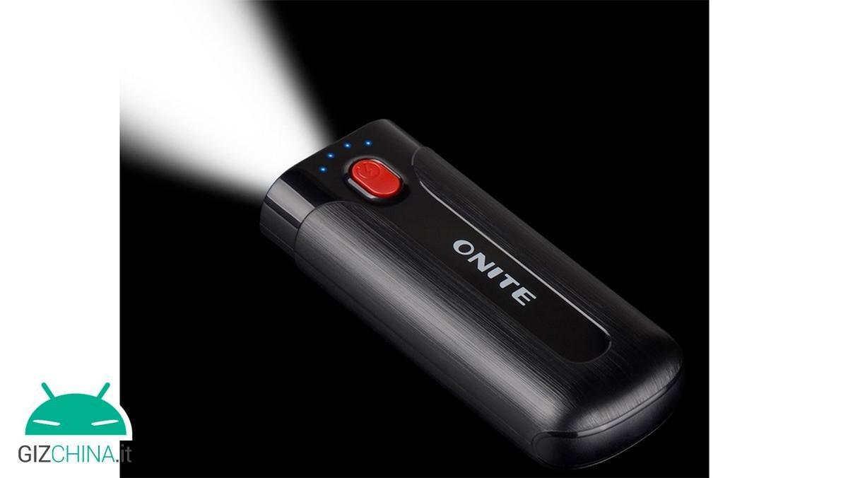 Onite Power Bank 5600mAh Taschenlampe