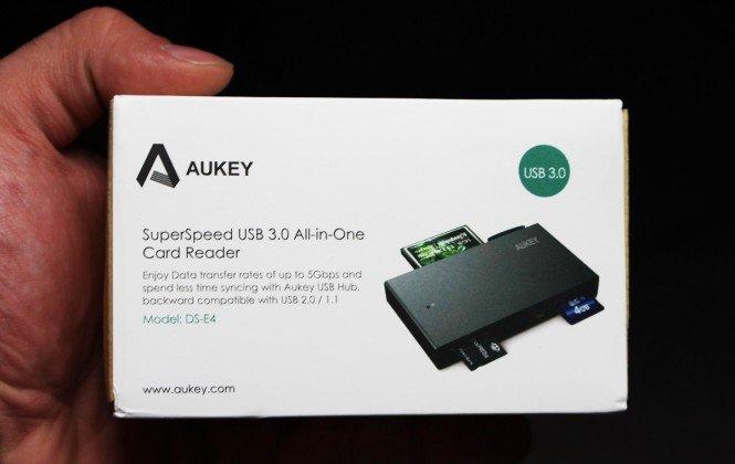 Aukey SuperSpeed Card Reader