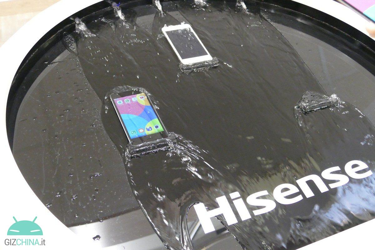 IFA-2016-Hisense-C30-01