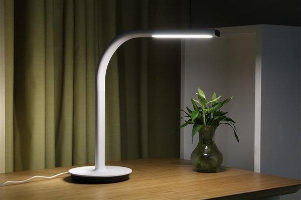 Xiaomi Philips EyeCare 2 Smart Desk Lamp [Unboxing] 14