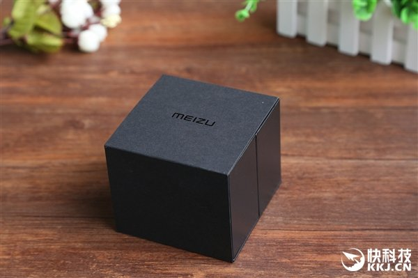 Meizu Mix hans-on 12