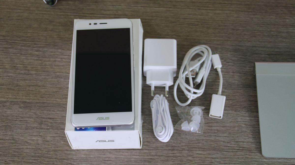 Asus Zenfone 3 Max confezione