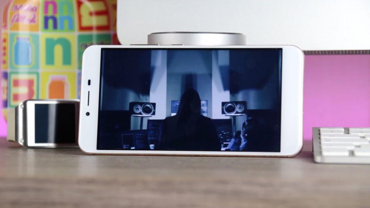 Oukitel-u15s-display-1