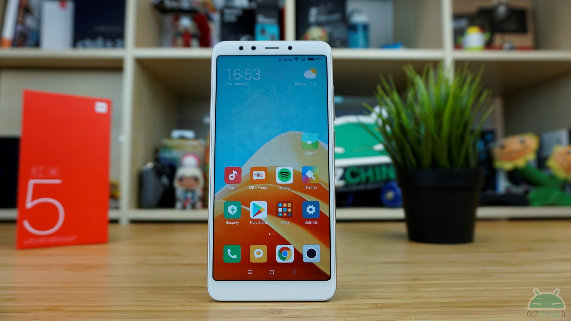 Xiaomi Redmi 5: how to install TWRP and get root with Magisk