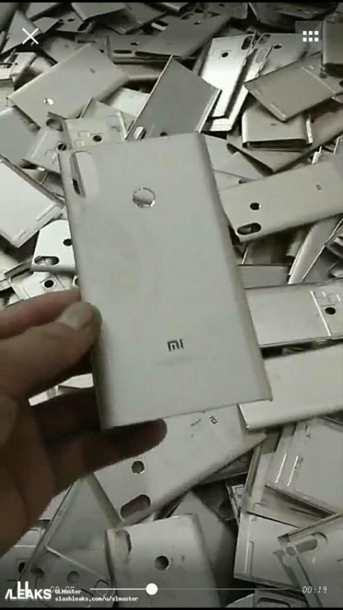 Xiaomi-Mi-6X-retro-metallico-leak