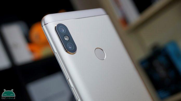 przejrzyj Xiaomi Redmi zauważa 5
