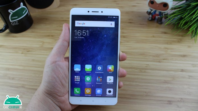 Xiaomi Mi Max 2 updates to Lineage OS 15 1 in unofficial version