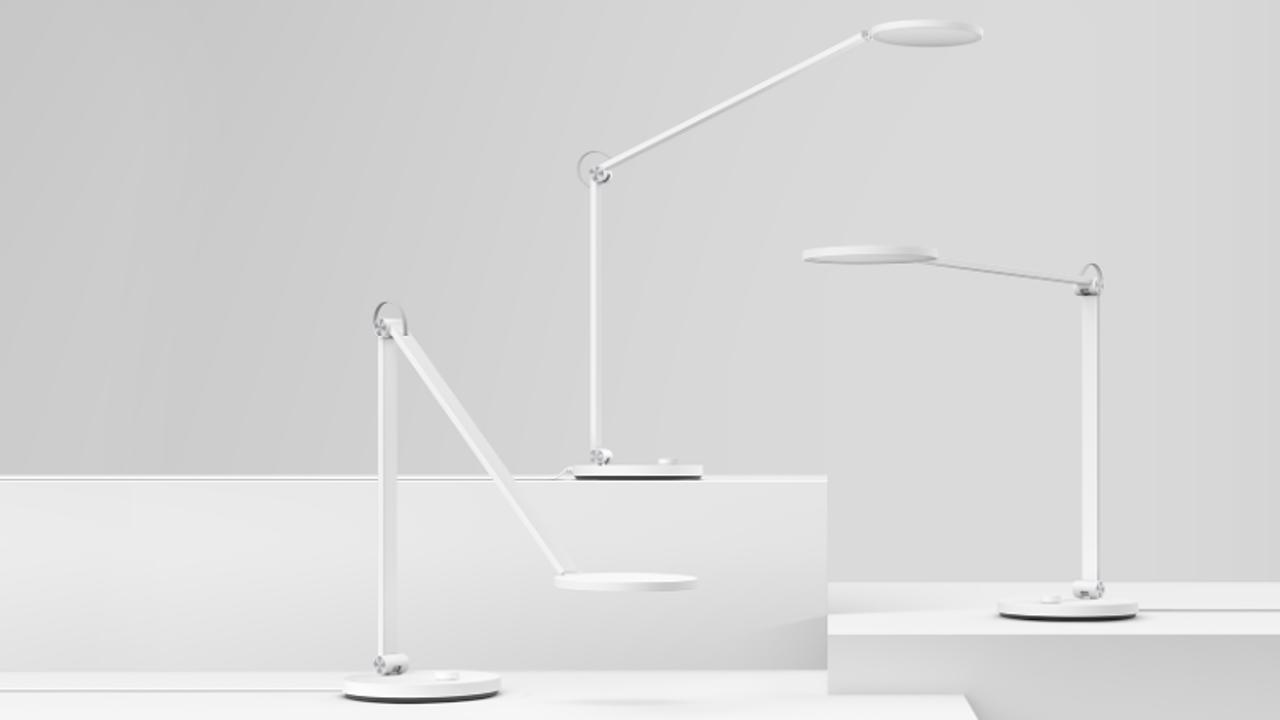 Xiaomi mi lamp pro la lampada da desktop professionale gizchina
