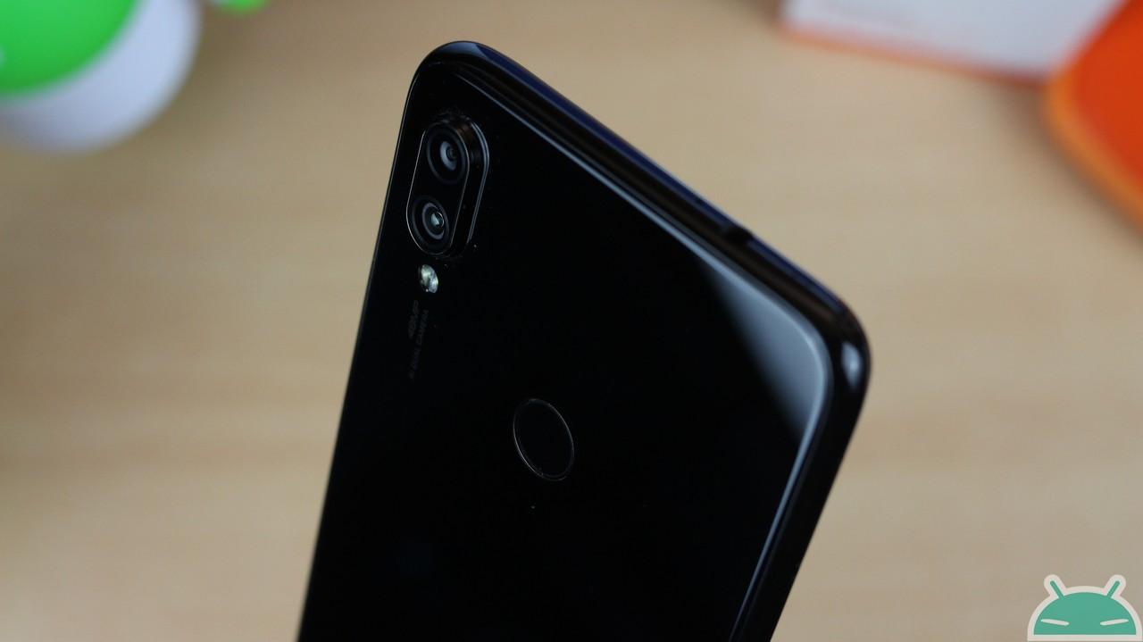 Redmi Note 7 3 / 32 GB - Banggood