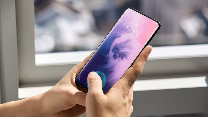 OnePlus 7 Pro: the company responds to