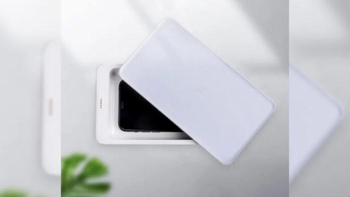 Sterilizzatore UV Xiaomi FIVE con caricatore wireless - Banggood