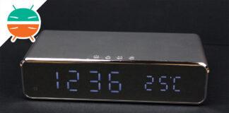 Zapalony zegar biurkowy do ładowania bezprzewodowego