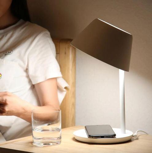 Lampa stołowa Xiaomi Yeelight Pro - Banggood - Europa